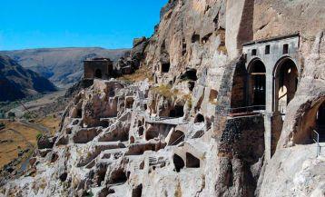 Пещерные города в Грузии
